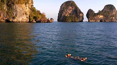 Dave and Gail take a relaxing swim at Railay Beach