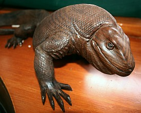 Wooden carving of a Komodo Dragon
