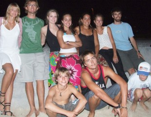 Good friends 12 to 21 on a Thai beach 2007.  Kids from Mahi Mahi, Scud, Ocelot, Vamp & Anon