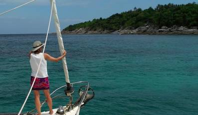 Approaching a mooring in Ko Racha Yai, north anchorage