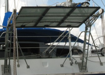 Common mount above davits on a catamaran