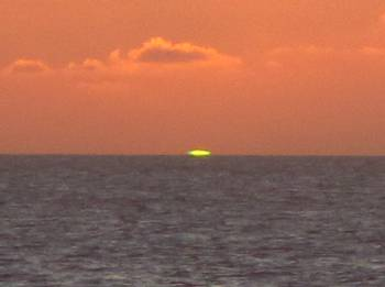Captured!  A real Green Flash sunset!